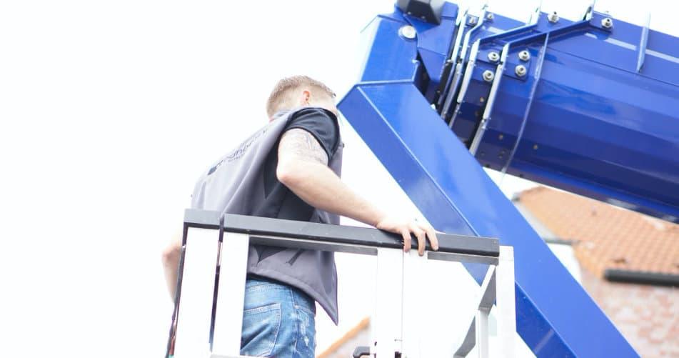 werbeanlage-wartung-montage-steigerarbeiten