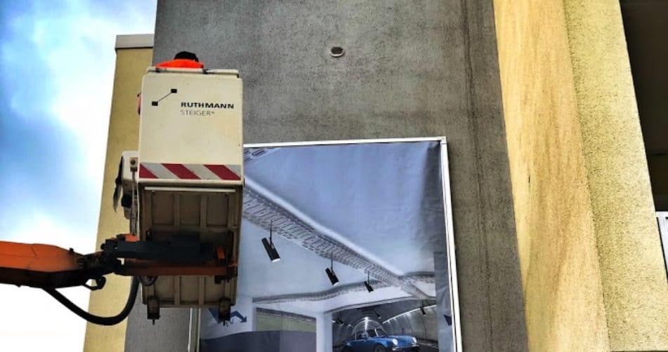 spanntuchtransparent-konstruktionsbanner