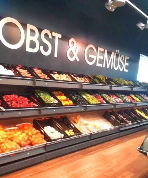 Einzelbuchstaben Supermarkt Obst und Gemüse